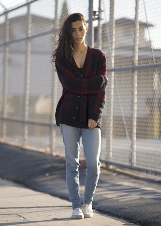 sweat the style blogger cardigan jeans flannel shoes sweater