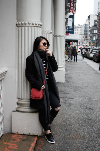 looks by lau blogger bag scarf coat shoes red bag crossbody bag winter outfits black coat black sweater black jeans