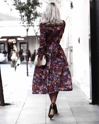 dress tumblr midi dress floral floral dress long sleeves long sleeve dress high heels heels bag white bag pouch silver hair fall dress fall outfits