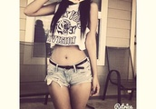 shirt,top,crop tops,black and white,tiger,tank top,muscle tee,cute outfits,cute,cute shorts,shorts,denim shorts,denim,low rise shorts,low rise denim shorts,cuffed shorts,vogue,vague,division,vogue crop tops