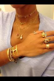 jewels,cartier ring,kylie jenner cartier love ring,cartier gold,gold choker,heart jewelry,diamond bracelet,necklace,lion,chain,choker necklace,trust no one,bracelets