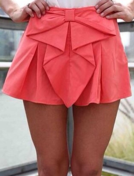 shorts coral bow