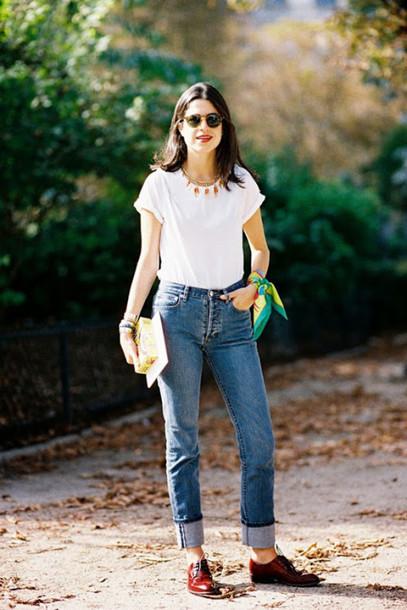vanessa jackman blogger mom jeans white t-shirt jeans t-shirt shorts