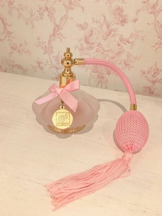 make-up perfume fancy pink vintage inspired gold antique antique style fifi