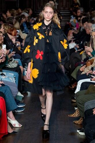 coat simone rocha london fashion week 2017 jacket tulle skirt flowers