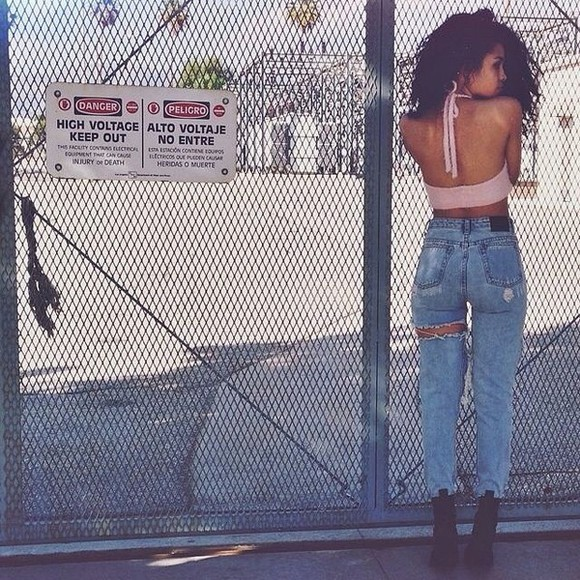 jeans pale pink asiadee babe ripped jeans bralette curly hair outside