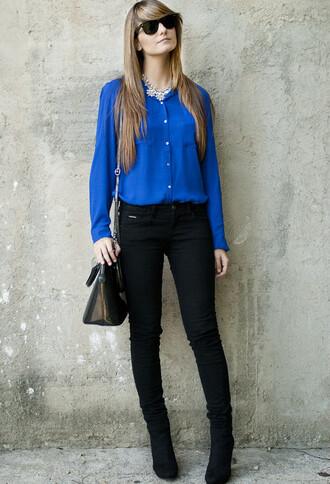blouse blue jeans blue blouse black jeans bag blonde hair sunglasses boots