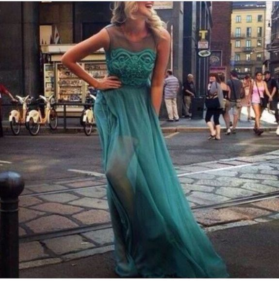 dress maxi maxi dress long prom dresses prom dress green dress fashion is fashion is a playground fashion toast fashion vibe fashion squad tumblr tumblr girl blonde hair a beautiful heart gorgeous summer dress date homecoming dresses green, maxi skirt, dresses up, long, neon, black, long sleeve, mint the blog mint green dress lovely pepa a fashion love affair love more laugh lol