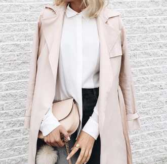 coat white shirt classy elegant nude bag leather bag minimalist trench coat nude spring outfits office outfits fur keychain bag accessories pink coat black jeans fall outfits