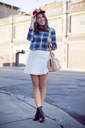 sequins and stripes,shirt,skirt,shoes,bag,hat,jewels