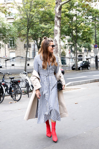 b a r t a b a c blogger dress coat top shoes sunglasses striped dress trench coat midi dress red boots boots