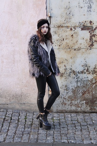 lila janowska blogger leather leggings faux fur jacket platform shoes