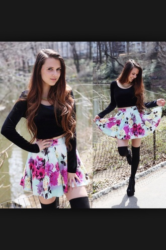 skirt foral black crop top black black long socks tumblr girl