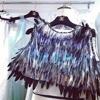blouse feathers