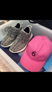 hat,pink,hot pink,pastel pink,pink  hat,blush pink,light pink,urban pastel pink,how to get a six pack,six 66,style,cap,pink cap,sneakers,nike sneakers,low top sneakers,nike,nike running shoes,grey and black,grey,black,streetwear,streetstyle,street,urban,shoes