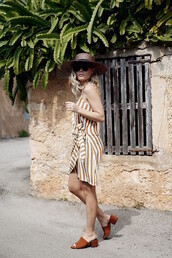 shoes,white and brown striped dress,brown hat,blogger,round sunglasses,brown sunglasses