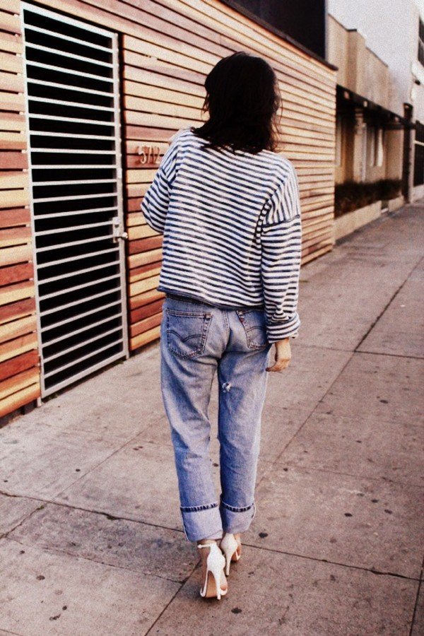 the stylish wanderer sweater jeans shoes jewels nail polish