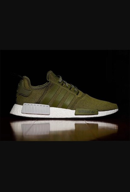 cde70a007011 shoes adidas groen nmd r1 olive green adidas nmd green sneakers
