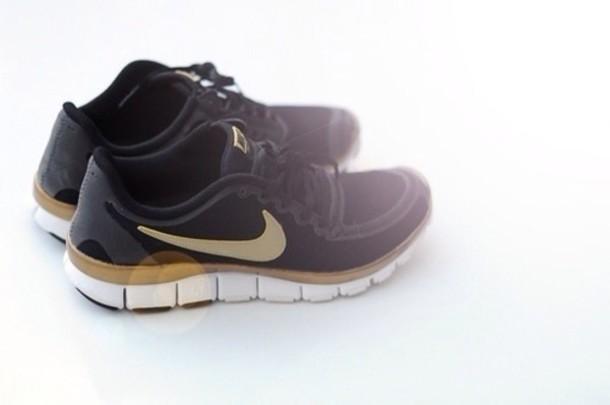 shoes nike black noir doré running run sport basket