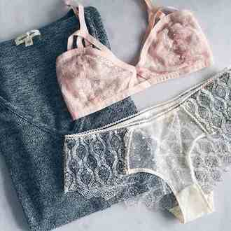 shirt underwear pink bra sweater mesh see through lace floral light pink grey sweater bra panties vintage hipster style stylish trendy girly cute tumblr cool tumblr outfit tumblr sweater tumblr clothes girl blogger glitter pastel women girgeous instagram knitwear pretty elegant preppy beautiful clothes on point clothing pink romantic undewear dentelle white blue underwear sexy bralette t-shirt