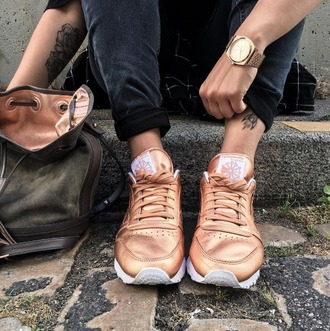 shoes sneakers metallic shoes gold watch bucket bag blogger reebok