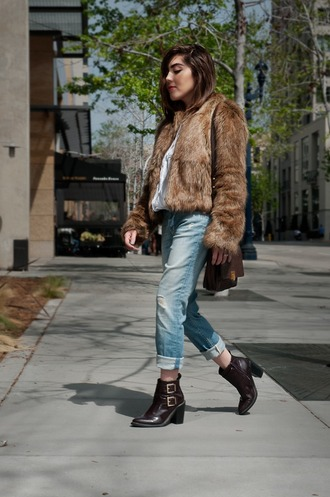 platforms for breakfast blogger jeans brown leather boots faux fur jacket
