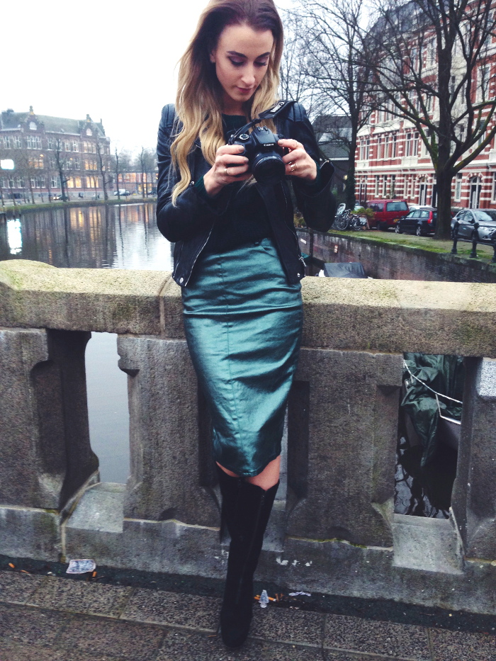 Metallic skirts in Amsterdam - Queen of Jet Lags
