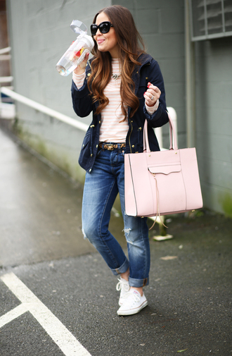 dress corilynn blogger shirt jeans shoes belt bag jacket jewels sunglasses