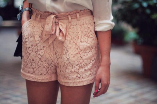 shorts pink shirt