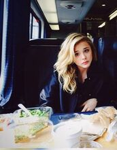 jacket,chloe grace moretz,black jacket,actress,celebrity,black bomber jacket,bomber jacket
