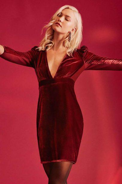 dress burgundy burgundy dress karlie kloss party dress velvet velvet dress editorial