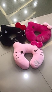 home accessory,travel,pillow,pink,black,hello kitty