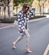 coat,pom poms,grey pants,fur coat,skinny pants,pumps,high heel pumps,pointed toe pumps,bag