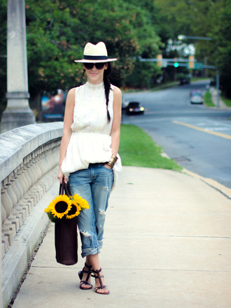 bittersweet colours dress jeans shoes jewels bag hat sunglasses