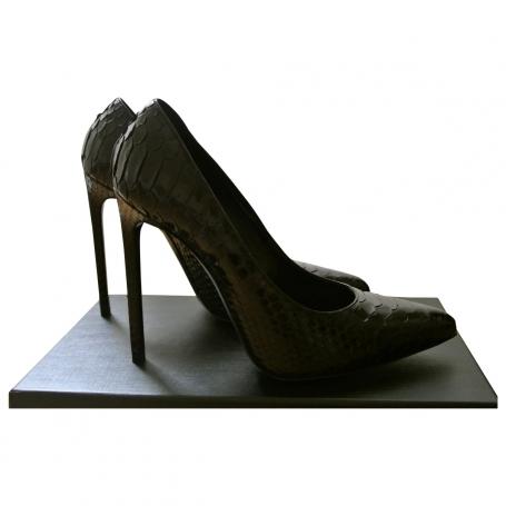 Pumps SAINT LAURENT Black size 40 EU in Leather All seasons - 716511