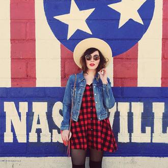 keiko lynn blogger denim jacket plaid shirt shirt dress round sunglasses sun hat