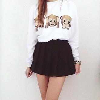 sweater emoji print black and white