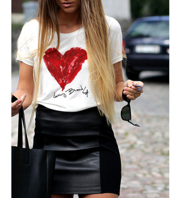 t-shirt heart luxury brands luxury brand la top cute top luxury black skirt pencil skirt leather skirt graphic tee graphic tee