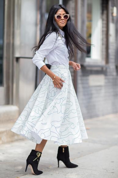 walk in wonderland blogger skirt shoes bag jewels