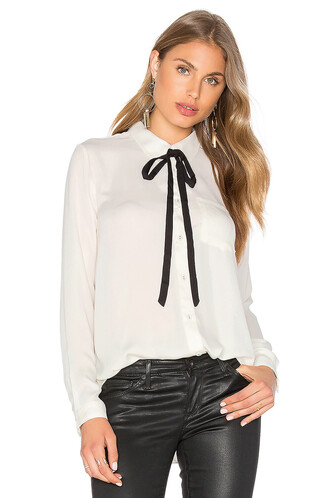 blouse classic top