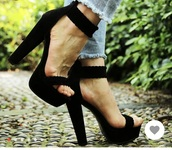 shoes,black ankle strap