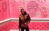bag,gucci,clutch,gucci clutch,luxury,hermes,sunglasses,street art,art,pop art,fur,fur jacket,prada,miu miu,london,new york city,paris,fashion,stripes,los angeles