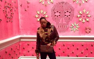 bag gucci clutch gucci clutch luxury hermes sunglasses street art art pop art fur fur jacket prada miu miu london new york city paris fashion stripes los angeles