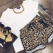 shorts,shirt,top,crewbeck,necklace,chettah print,whote,black,high heels