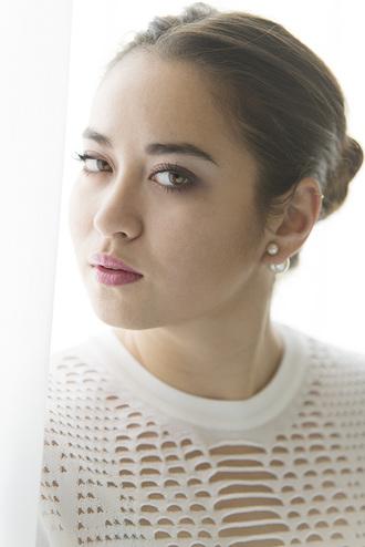 blaastyle blogger earrings dior alexander wang white top