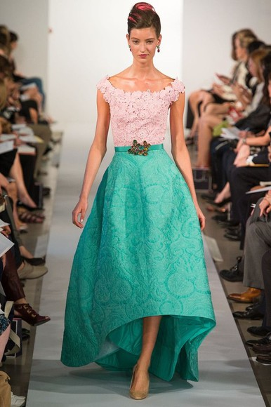 lace dress skirt catwalk