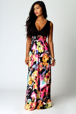 Kiera Rose Print Maxi Dress at boohoo.com