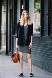dress,grey dress,short dress,jacket,blazer,black blazer,hoes,shoes,bag