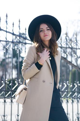 lovely pepa blogger coat pants bag hat jewels