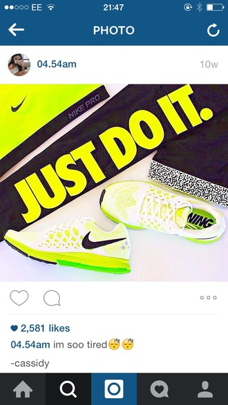 shoes nike nike running shoes neon neon yellow running shoes